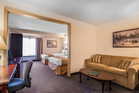 Quality Inn & Suites Albany Airport, NY 12110-2505 near Albany International Airport View Point 14