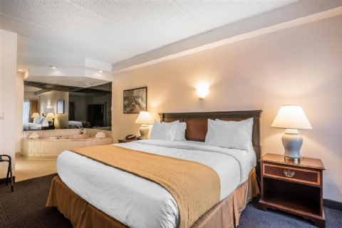 Quality Inn & Suites Albany Airport, NY 12110-2505 near Albany International Airport View Point 11