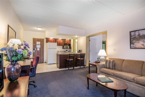 Quality Inn & Suites Albany Airport, NY 12110-2505 near Albany International Airport View Point 10