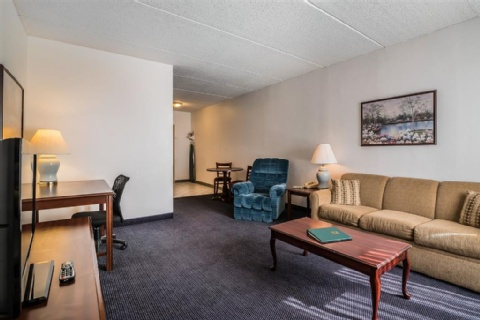 Quality Inn & Suites Albany Airport, NY 12110-2505 near Albany International Airport View Point 5