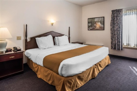 Quality Inn & Suites Albany Airport, NY 12110-2505 near Albany International Airport View Point 3