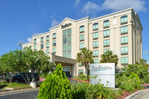 RADISSON NEW ORLEANS AIRPORT, LA 70062 near Louis Armstrong New Orleans International Airport  View Point 31