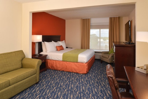 RADISSON NEW ORLEANS AIRPORT, LA 70062 near Louis Armstrong New Orleans International Airport  View Point 7