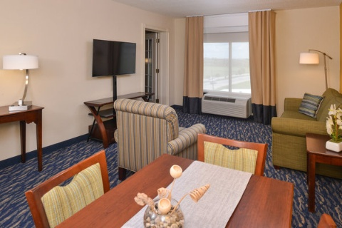 RADISSON NEW ORLEANS AIRPORT, LA 70062 near Louis Armstrong New Orleans International Airport  View Point 5