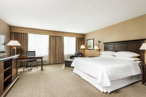 Sheraton Gateway Hotel in Toronto International Airport, ON L5P 1C4 near Toronto Pearson International Airport View Point 8