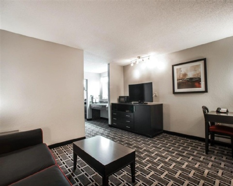 COMFORT SUITES AIRPORT, TN 37214 near Nashville International Airport View Point 7