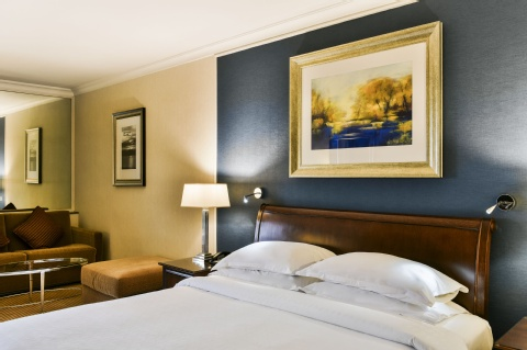 Sheraton Skyline Hotel London Heathrow,  UB3 5BP near Heathrow Airport View Point 14