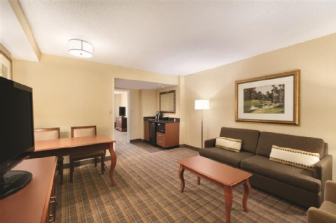 Embassy Suites by Hilton Greenville Golf Resort & Conference Center, SC 29607 near Greenville-spartanburg International Airport View Point 4