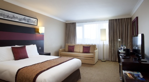 Crowne Plaza Manchester Airport,  M90 3NS near Manchester Airport View Point 11
