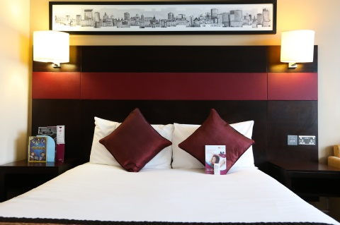 Crowne Plaza Manchester Airport,  M90 3NS near Manchester Airport View Point 7