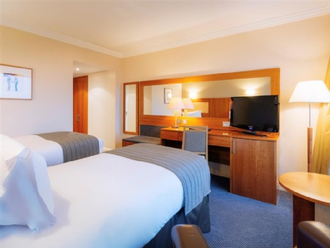 Sofitel London Gatwick,  RH6 0PH near Gatwick Airport View Point 14