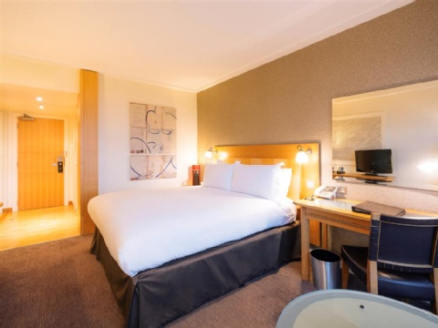 Sofitel London Gatwick,  RH6 0PH near Gatwick Airport View Point 9