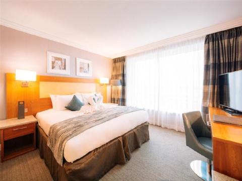 Sofitel London Gatwick,  RH6 0PH near Gatwick Airport View Point 6