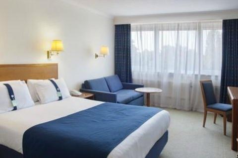 Holiday Inn London - Gatwick Airport,  RH6 0BA  near Gatwick Airport View Point 36