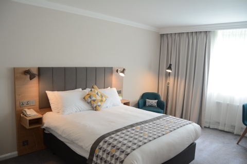 Holiday Inn London - Gatwick Airport,  RH6 0BA  near Gatwick Airport View Point 12