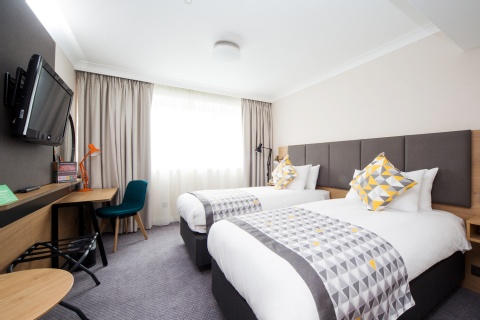Holiday Inn London - Gatwick Airport,  RH6 0BA  near Gatwick Airport View Point 9