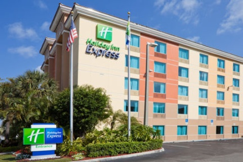Holiday Inn Express Ft. Lauderdale Cruise-Airport, FL 33316