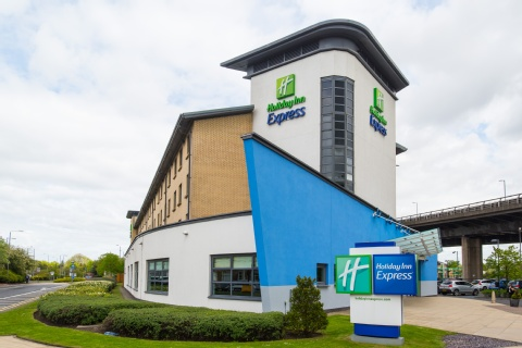 Holiday Inn Express Glasgow Airport,  PA3 2TJ near Glasgow Airport View Point 34