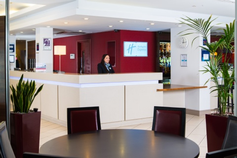 Holiday Inn Express Glasgow Airport,  PA3 2TJ near Glasgow Airport View Point 26