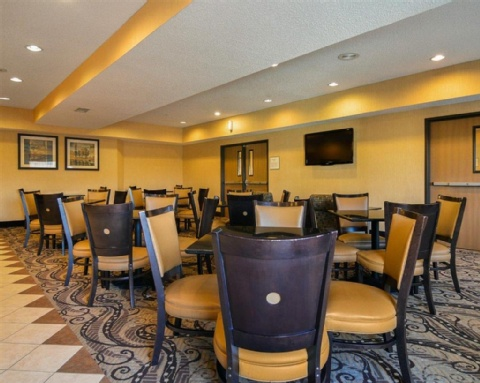 COMFORT SUITES DFW AIRPORT, TX 75063 near Dallas-fort Worth International Airport View Point 9