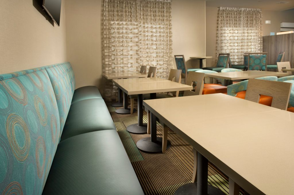 Holiday Inn Express & Suites DFW Airport - Grapevine, TX 76051 near Dallas-fort Worth International Airport View Point 17