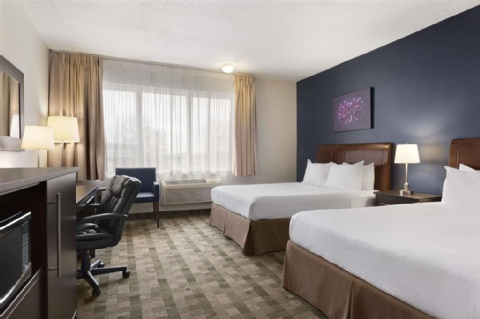 Days Inn by Wyndham Montreal Airport Conference Centre, QC PQ H4S 1C8 near Montreal-Pierre Elliott Trudeau Int. Airport View Point 3