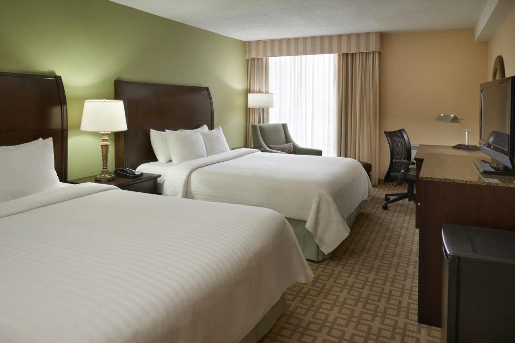 Hotel Carlingview Toronto Airport, ON M9W 5E8 near Toronto Pearson International Airport View Point 2