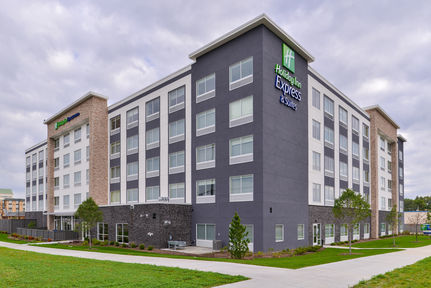Holiday Inn Express & Suites Mall of America - MSP Airport, MN 55425
