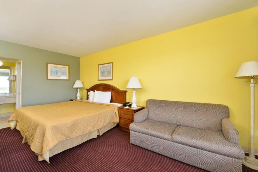 Americas Best Value Inn Cocoa Port Canaveral, FL 32926 near Melbourne International Airport View Point 16