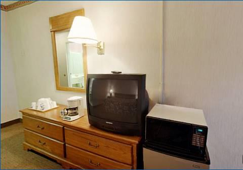 Americas Best Value Inn, OH 44142 near Cleveland Hopkins International Airport View Point 13