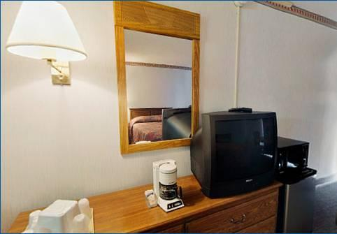 Americas Best Value Inn, OH 44142 near Cleveland Hopkins International Airport View Point 15