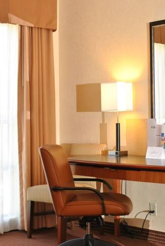 Atrium Hotel And Suites Dfw Airport, TX 75062 near Dallas-fort Worth International Airport View Point 14