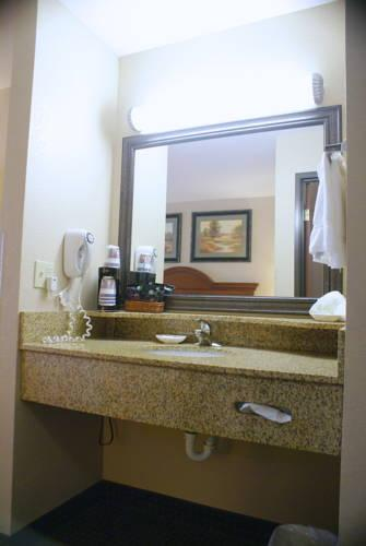 Best Western Port Columbus, OH 43219 near Port Columbus International Airport View Point 10