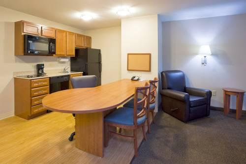 Candlewood Suites Milwaukee Airport - Oak Creek, WI 53154 near General Mitchell International Airport View Point 13