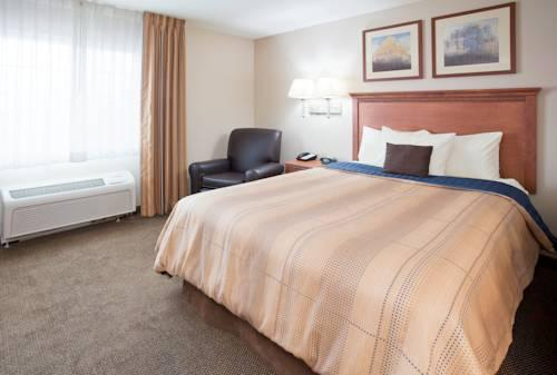 Candlewood Suites Milwaukee Airport - Oak Creek, WI 53154 near General Mitchell International Airport View Point 12