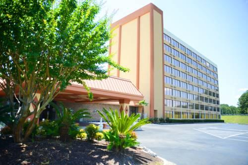 Charleston Airport Hotel, SC 29406 near Charleston International Airport / Charleston Afb View Point 17