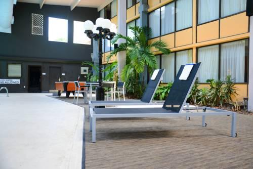 Charleston Airport Hotel, SC 29406 near Charleston International Airport / Charleston Afb View Point 11