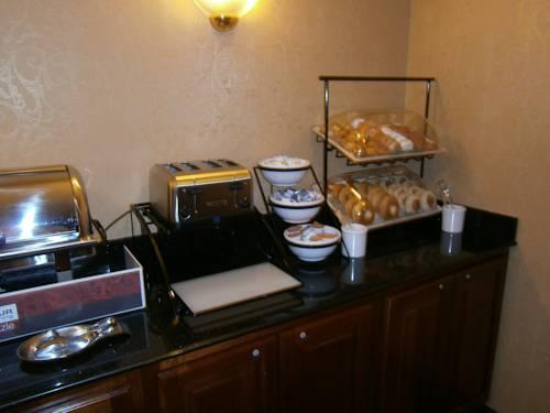 Comfort Inn Cleveland Airport, OH 44130 near Cleveland Hopkins International Airport View Point 15