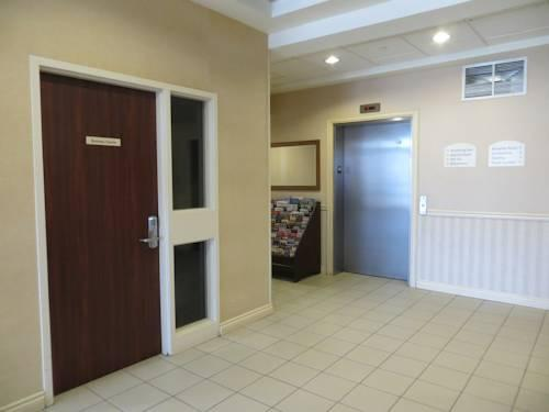 Comfort Inn Mississauga, ON L5S 1Y1 near Toronto Pearson International Airport View Point 7