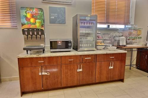 Comfort Inn New York Staten Island, New York 10314 near Cape Liberty Cruise Port View Point 12