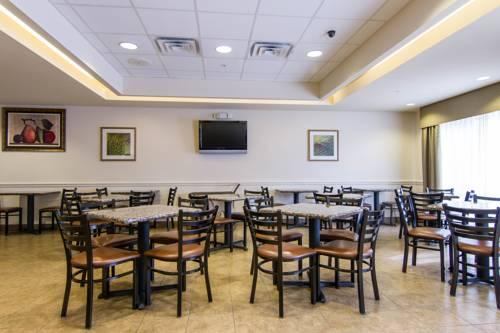 Comfort Inn & Suites Airport, FL 33913 near Southwest Florida International Airport View Point 14