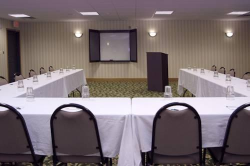 Country Inn And Suites Indianapolis Airport South, IN 46221 near Indianapolis International Airport View Point 11