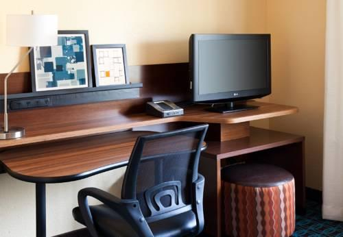 Country Inn & Suites By Carlson, Phoenix Airport, AZ, AZ 85304 near Sky Harbor International Airport View Point 11