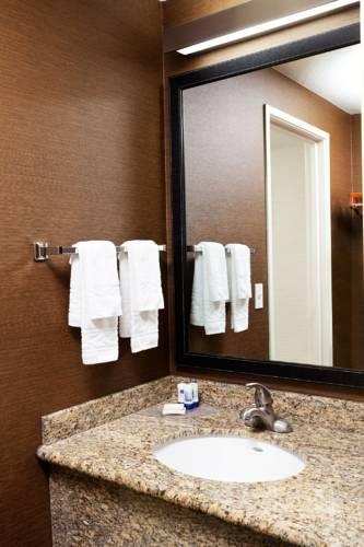 Country Inn & Suites By Carlson, Phoenix Airport, AZ, AZ 85304 near Sky Harbor International Airport View Point 9