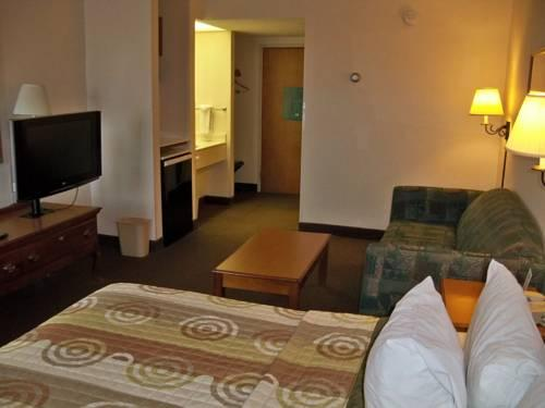 Days Inn And Suites, CO 80249 near Denver International Airport (succeeded Stapleton Airport) View Point 19