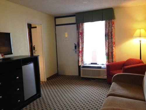 Days Inn Irving Grapevine DFW Airport North, TX 75034 near Dallas-fort Worth International Airport View Point 15