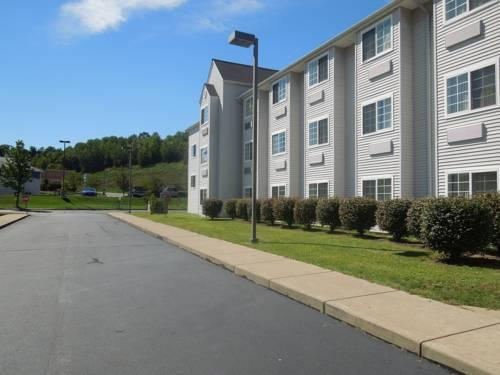 Microtel Inn Formerly the Econolodge Inn and Suites Pittsburgh Airport., PA 15275 near Pittsburgh International Airport View Point 20