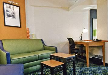 Fairfield Inn & Suites - Hartford Airport, CT 06096 near Bradley International Airport View Point 10