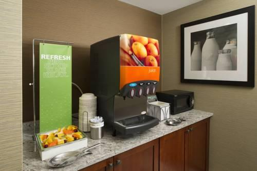 Hampton Inn Rochester-North, NY 14615 near Greater Rochester International Airport View Point 14