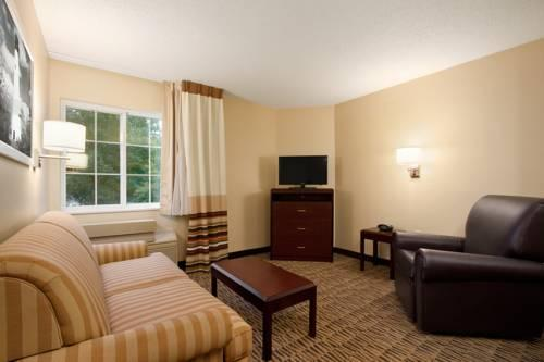 Hawthorn Suites By Wyndham Greensboro, NC 27409 near Piedmont Triad International Airport View Point 6